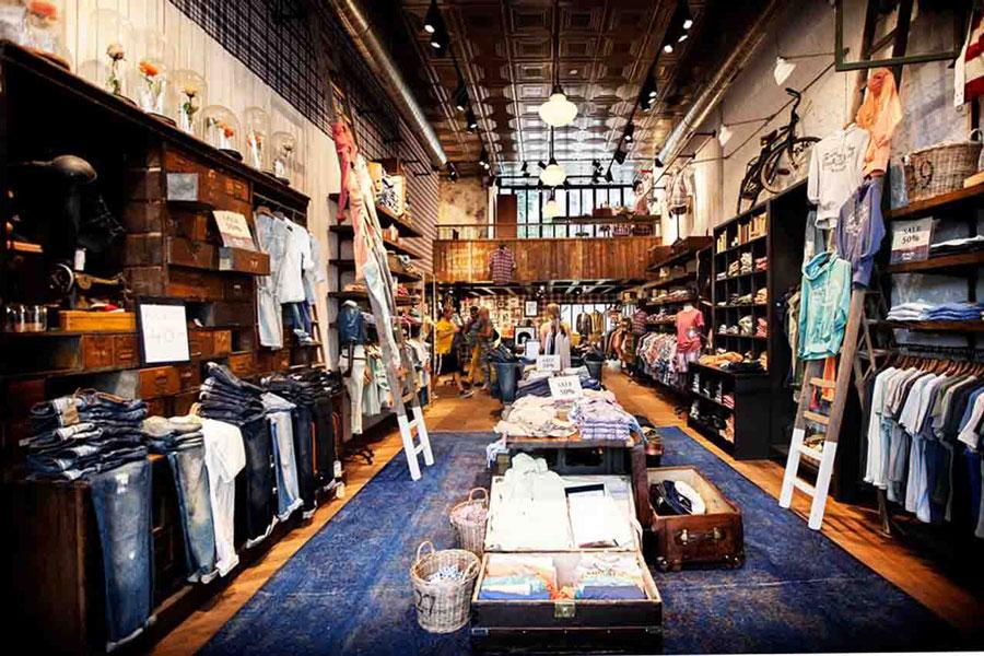 Mc Gregor 21 store